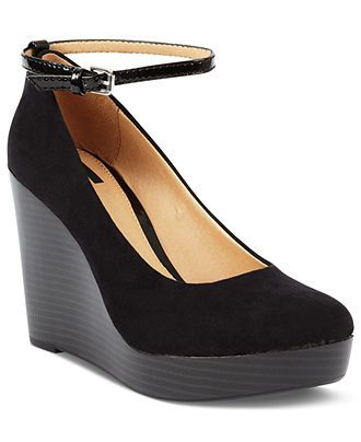 adfe663a8a Report Shoes