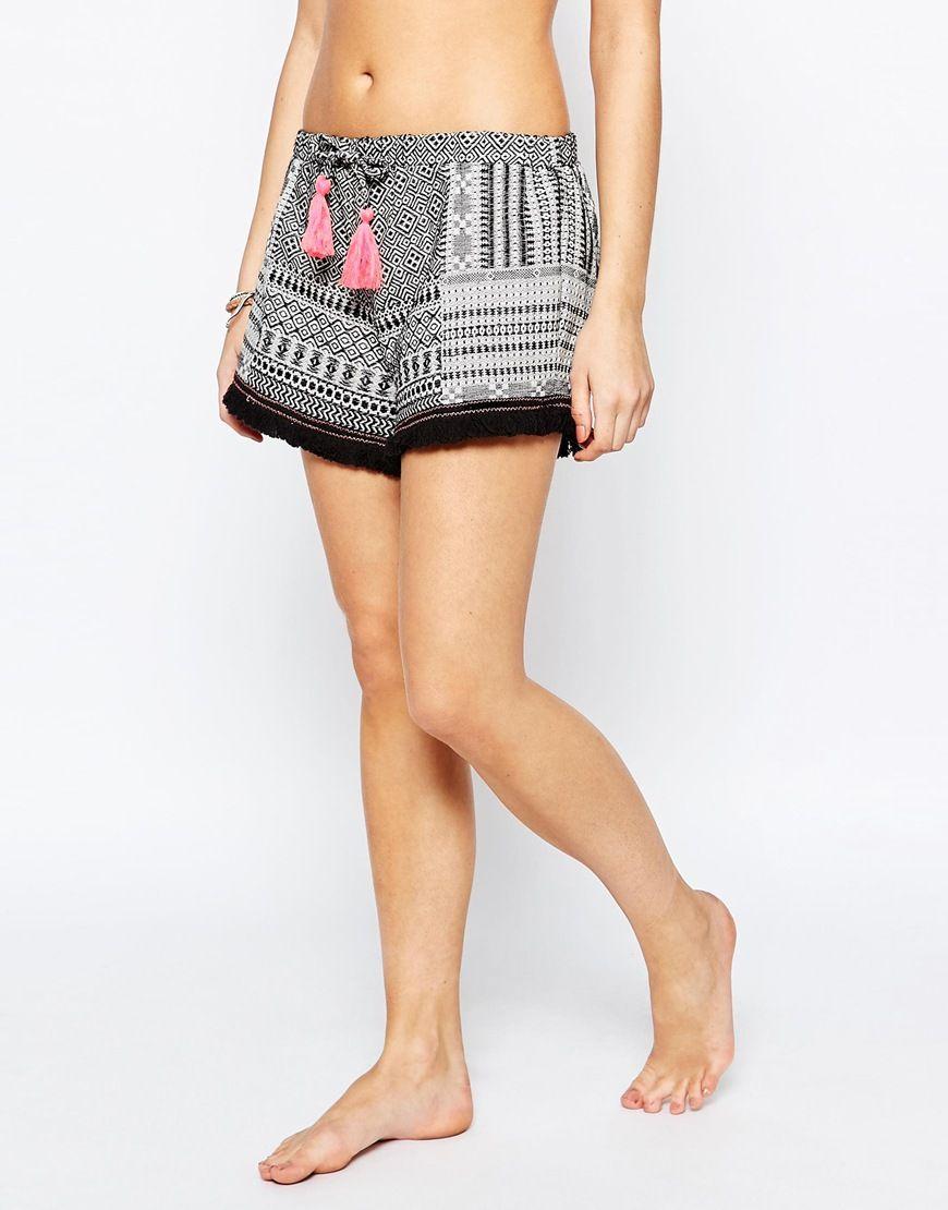 Immagine 4 di New Look - Pantaloncini da spiaggia con stampa azteca