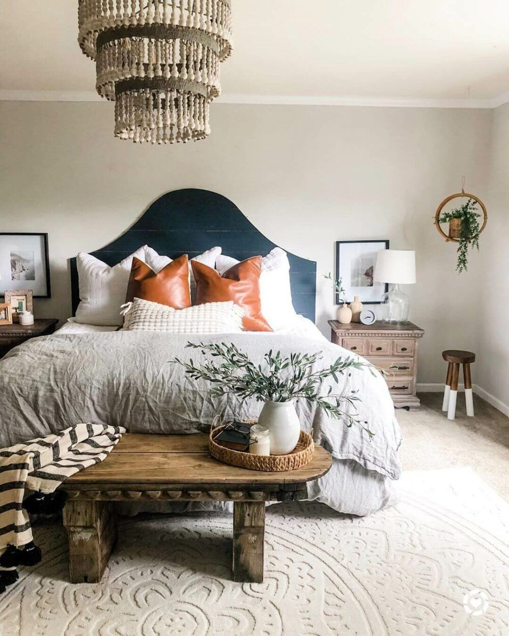 Are You Looking For Some Small Farmhouse Master Bedroom Ideas To Inspire You There Are M Bedroom Styles Modern Farmhouse Master Bedroom Bedding Master Bedroom