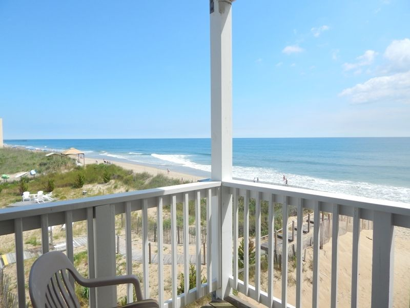 VRBO.com #733410 - Oceanfront Condo~Outer Banks North Carolina~Great Views~Pool