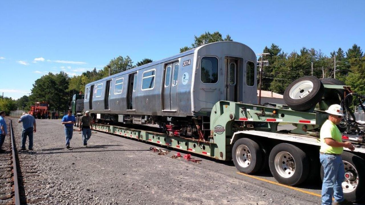 The Beauty Of New York S Oldest Subway Cars