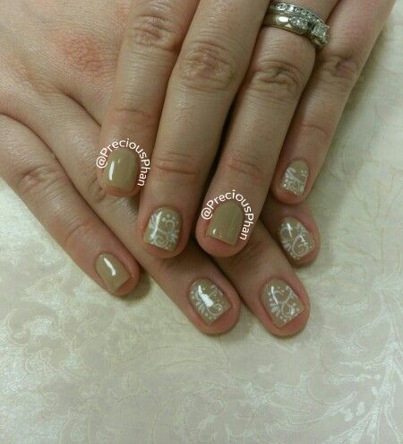 Nude And White Nails White Swirling Nail Art Preciousphannails
