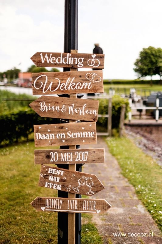 Trouwpaal Wedding Decorations In 2019 Bruiloft
