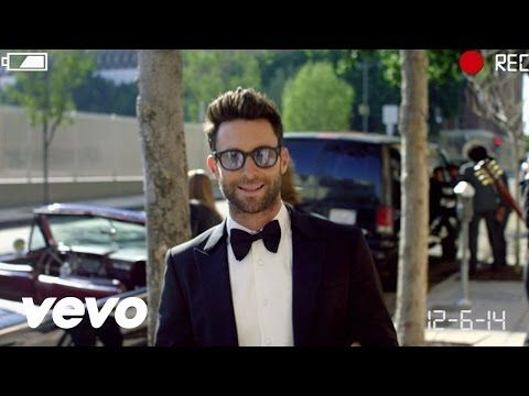 Maroon 5 Crashed A Bunch Of Weddings To Perform Sugar And The Reactions Are Priceless Music Videos Vevo Maroon 5 Lyrics Maroon 5