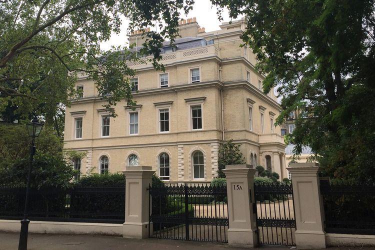 9a37eafd9f6f1b1cacec08cfbf05ce8f - Kensington Palace Gardens London Real Estate