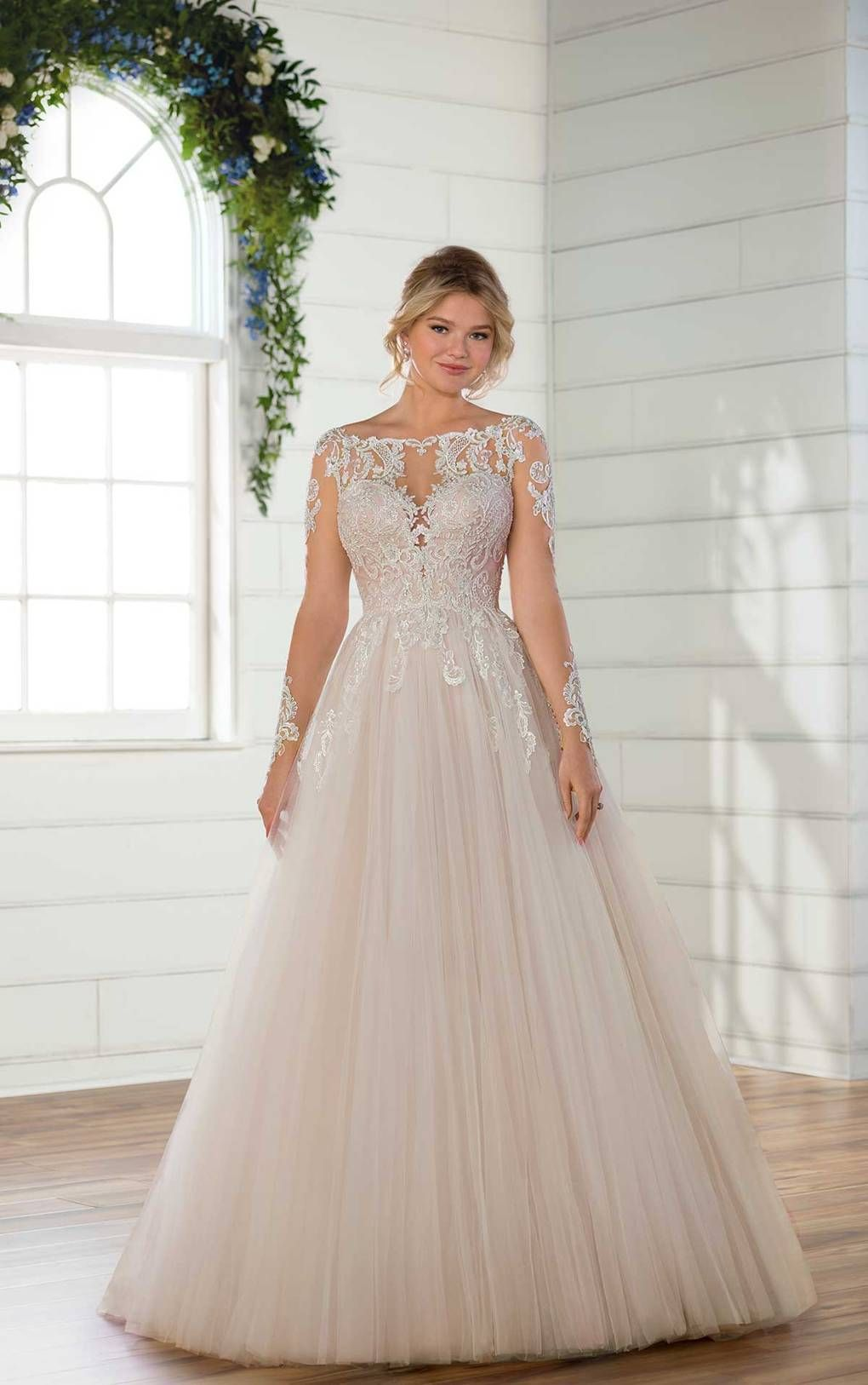 Cheap wedding dresses under 50   Wedding Dresses With Sleeves  Meredithus wedding  Pinterest
