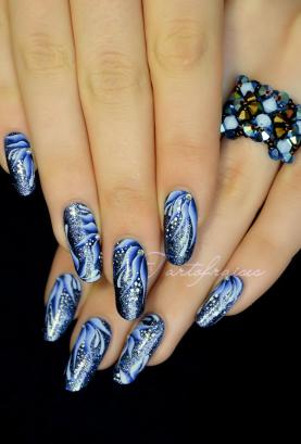 Nail Art One Stroke flowers foolproof | Tartofraises