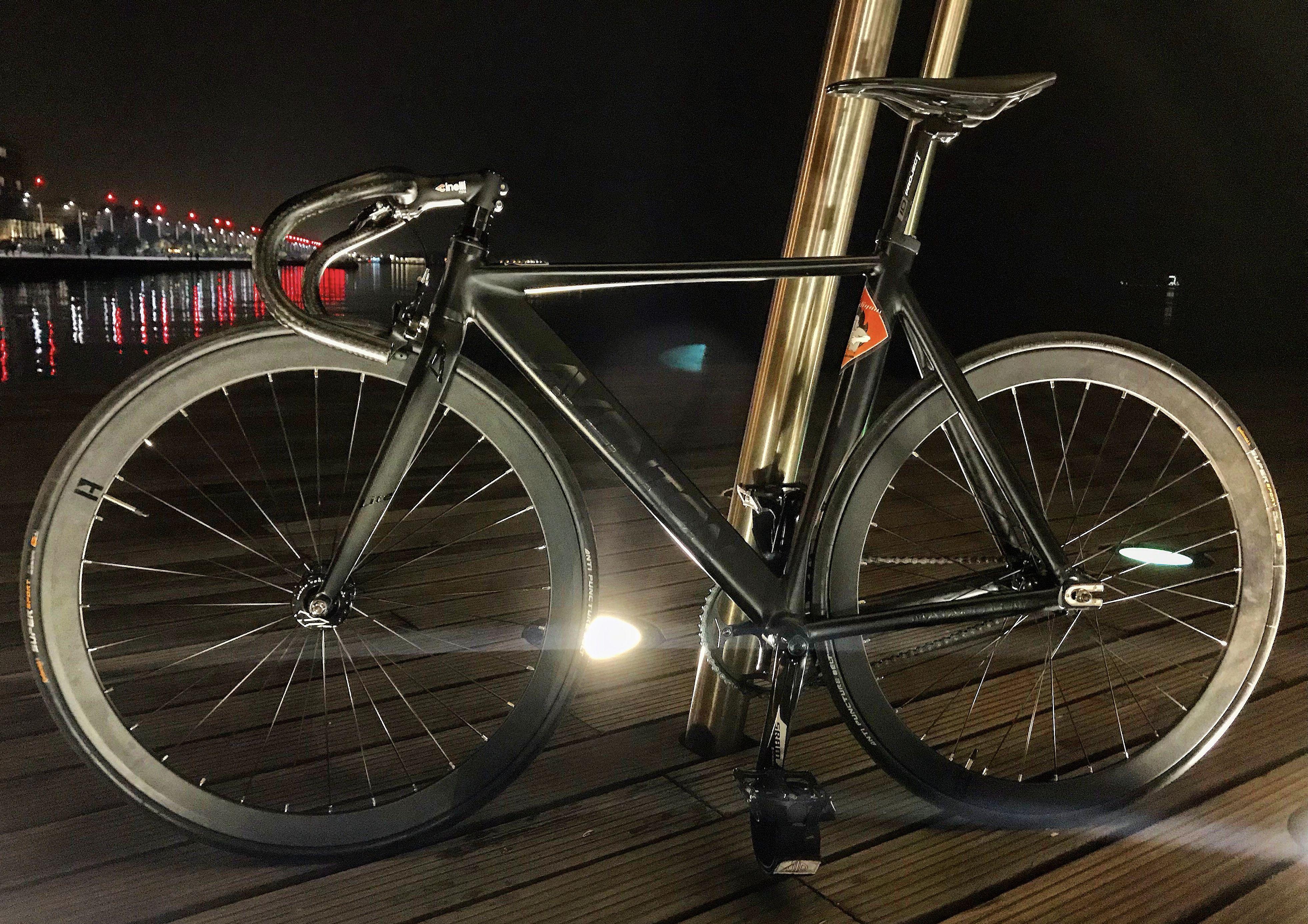 Aventon Mataro Low Black Mataro Road Bikes Fixed Gear Bike