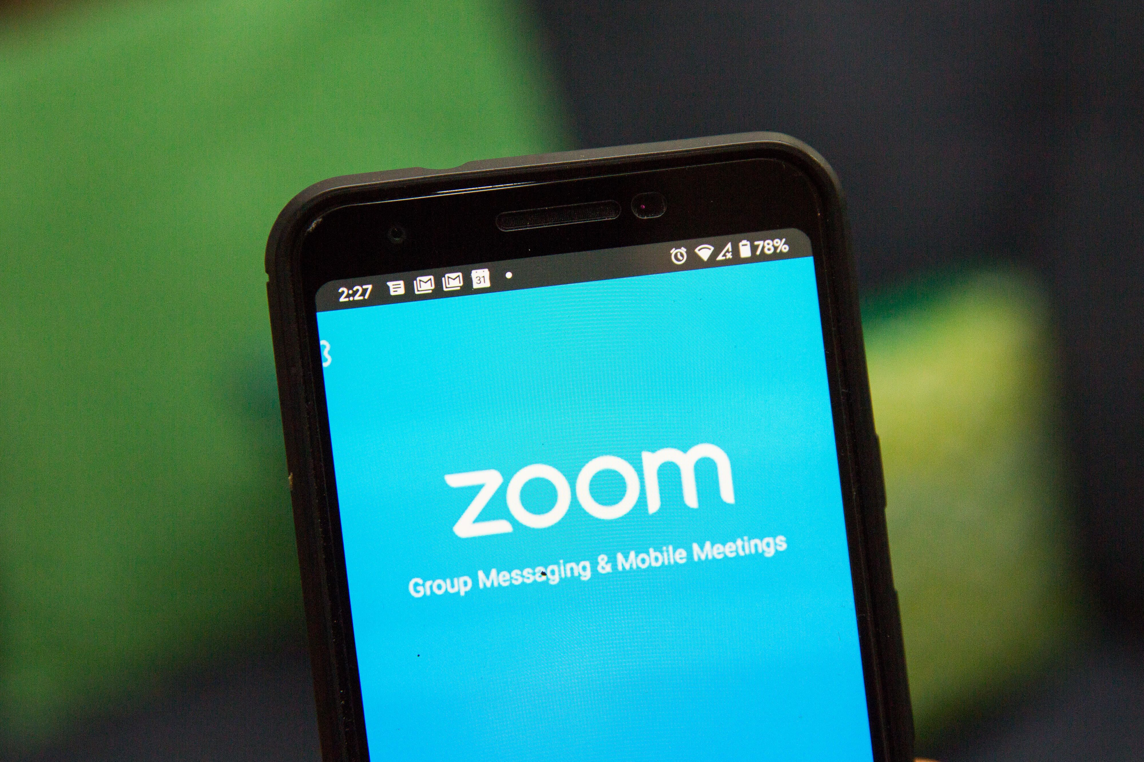 How To Change Your Zoom Background Just Like Everyone Else In 2020 Video Chat App Video Chatting Cnet