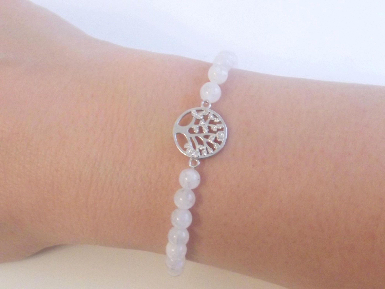 Beautiful, delicate bracelet Moonstone beads, \