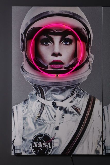Art Neon Art Neon Space Girl Gh Q挂画、墙纸墙绘 In 2019