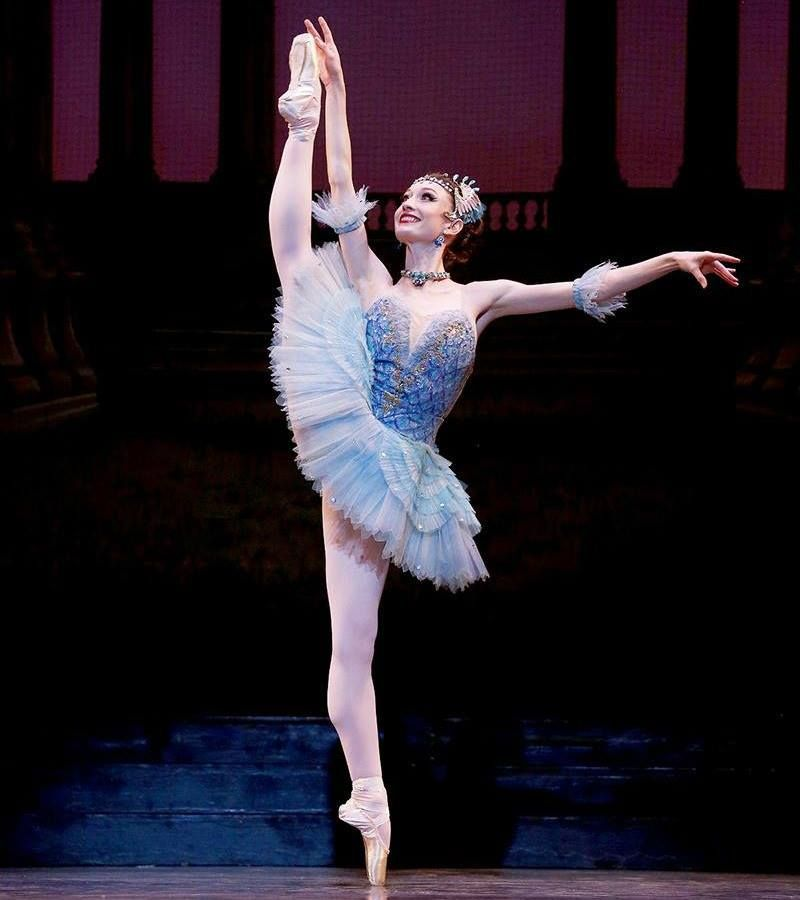 Julia Cinquemani As Bluebird In Los Angeles Ballet S The Sleeping Beauty Photo C Reed Hutchinson Courtesy Of Los Ballet Costumes Flapper Dress Ballet Skirt