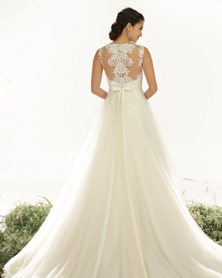 Veluz Reyes Wedding Dresses | Wedding dress, Wedding and Wedding
