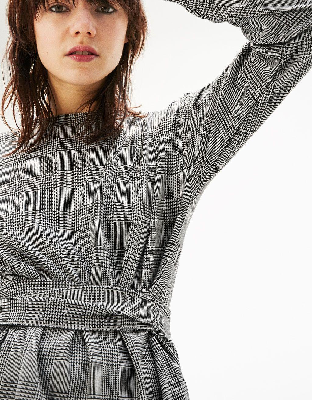 dd4f27649e7 Check print sweater with belt - Shirts - Bershka Croatia