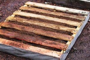 Balkon How to Make a Recycled Pallet Vertical Garden #recyceltepaletten