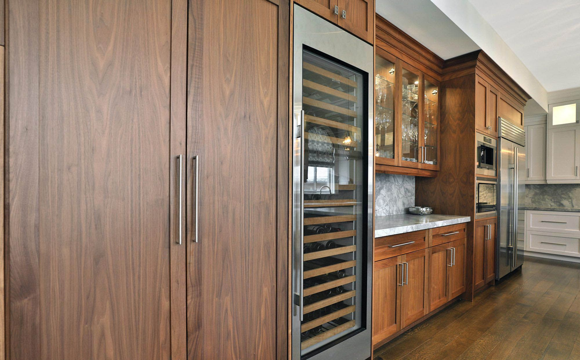 What Is Acacia Wood Everything You Need To Know Pros And Cons In 2020 Acacia Wood Acacia Hardwood Flooring Acacia Wood Flooring