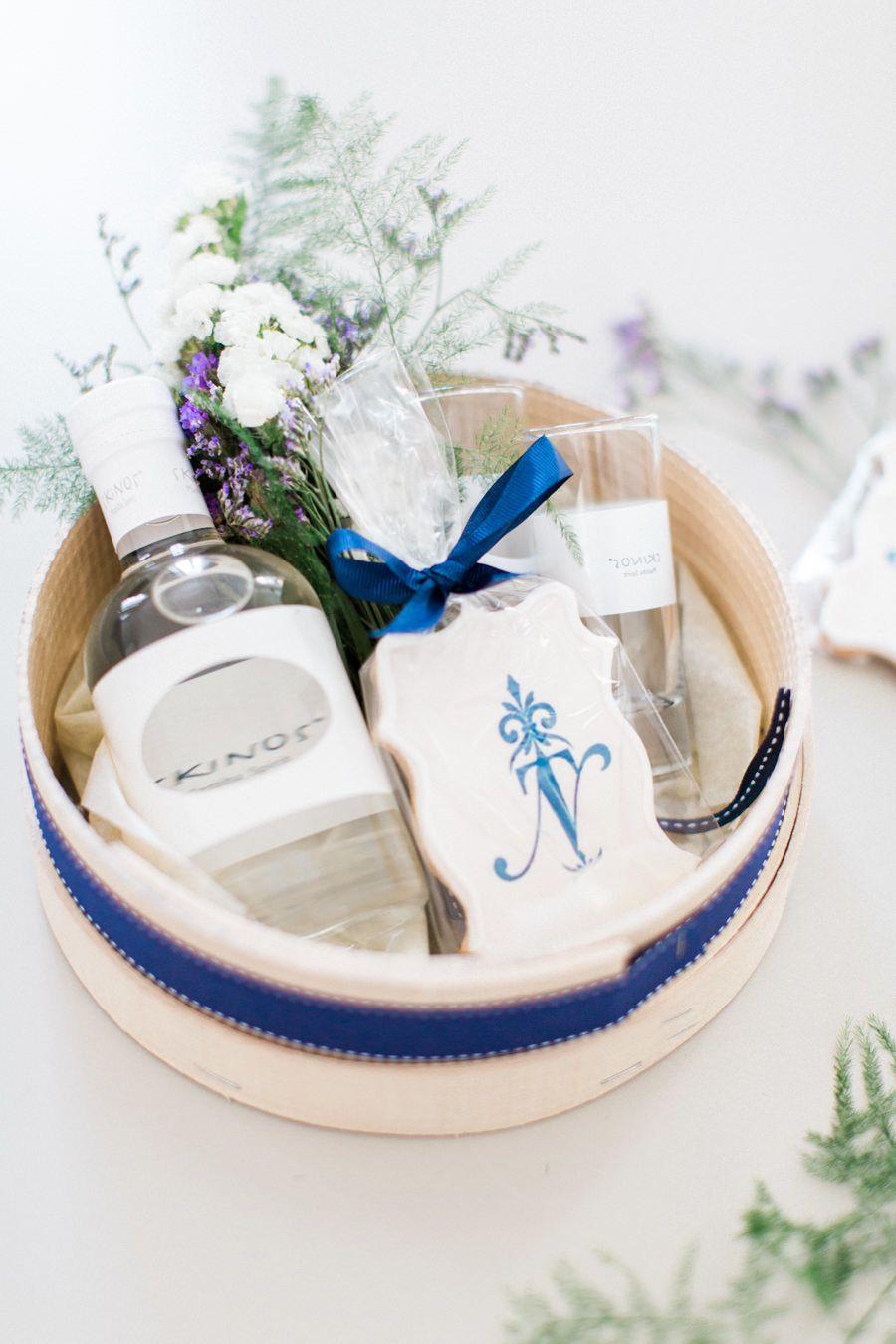 Idyllic Destination Wedding in the Greek Isles