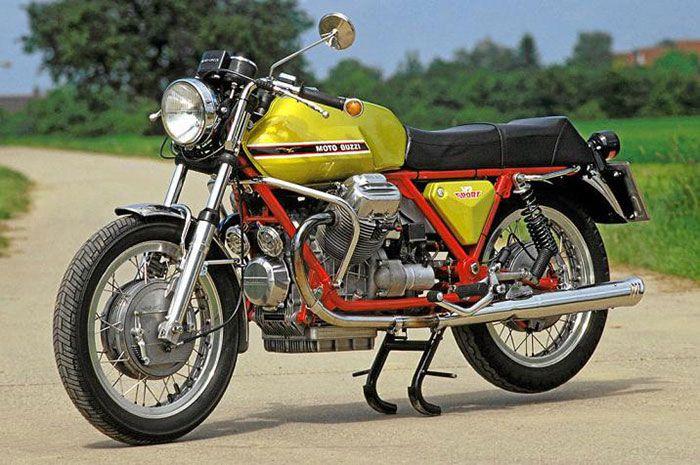 1971 Moto Guzzi V7 Sport