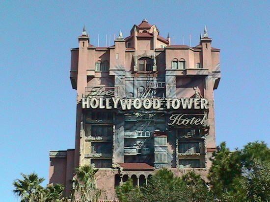 The Twilight Zone Tower Of Terror Attraction At Disney S Hollywood Studios Orlando Florida Plu Hollywood Tower Hotel Tower Of Terror Disney World Resorts