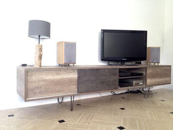 pieds de table hairpin legs install s sur un meuble tv. Black Bedroom Furniture Sets. Home Design Ideas