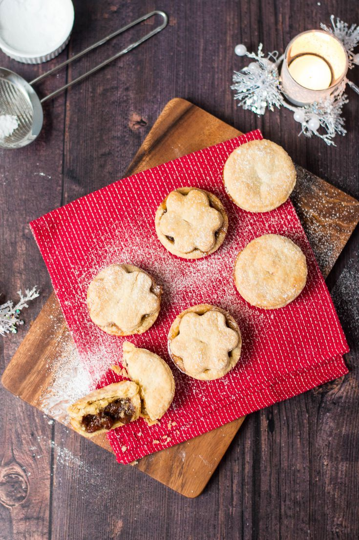 Traditional British Mince Pie | Recipe | Mince pies ...
