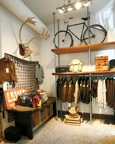 Clothing Display For Small Spaces Google Search Store Interior Men Store Vintage Shelf