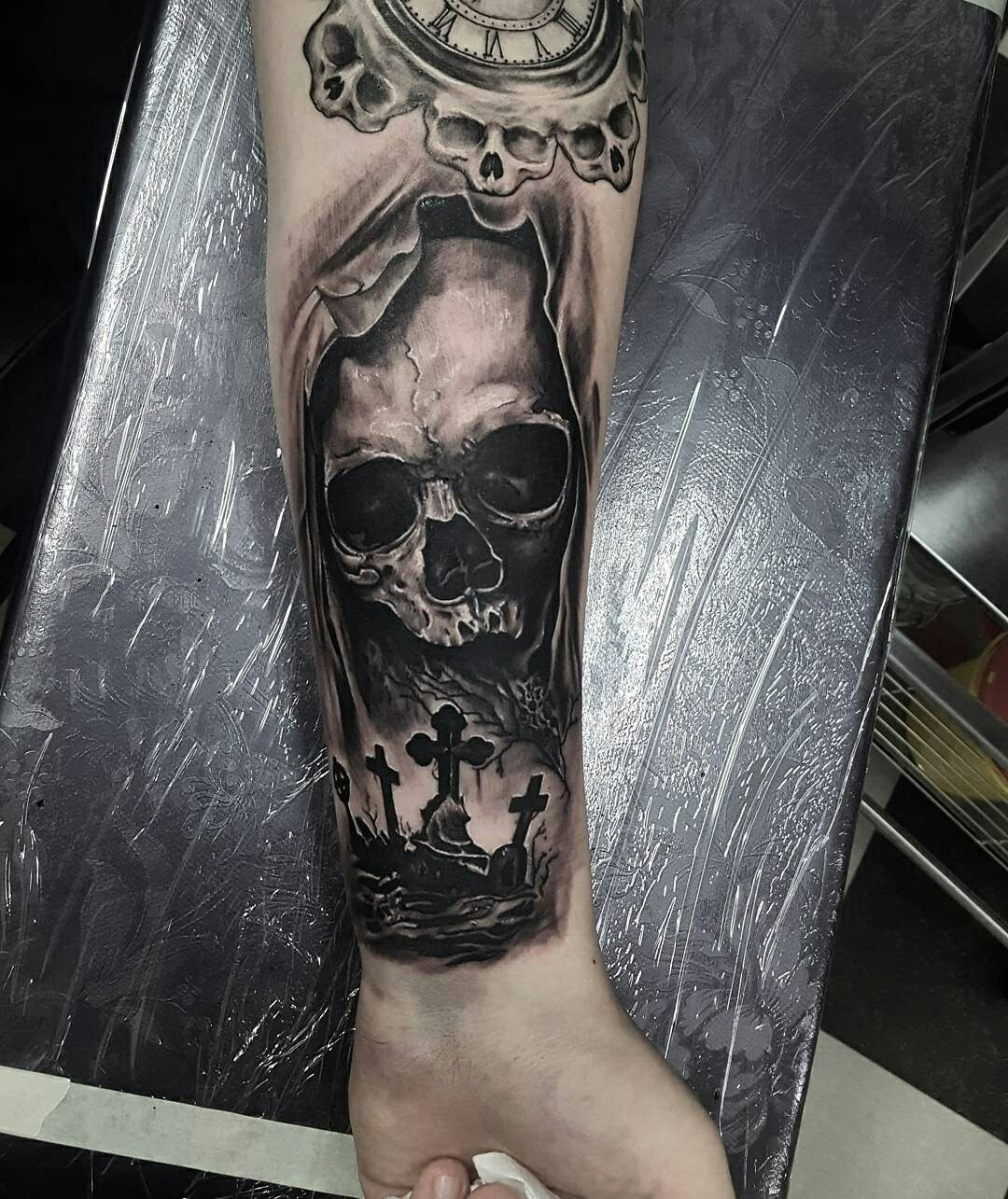 Skull Tattoo Arrethai Skull Sleeve Tattoos Cool Tattoos For Guys Evil Tattoos