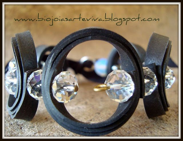 bracelet by Arte Viva Brasil created with pieces of inner tubes of bicycle tire @Carolyn Speyer