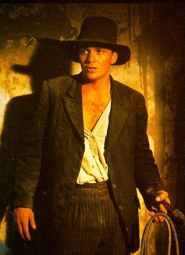 Sean Patrick Flanery As Young Indiana Jones I Just Think It S So Awesome That The Crush Of My Middle Sch Sean Patrick Flanery Indiana Jones Films Indiana Jones