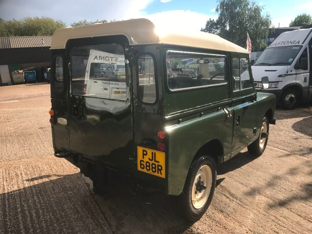 Land Rover Series Iii 2.3 D 88 Station Wagon (7 Seats)