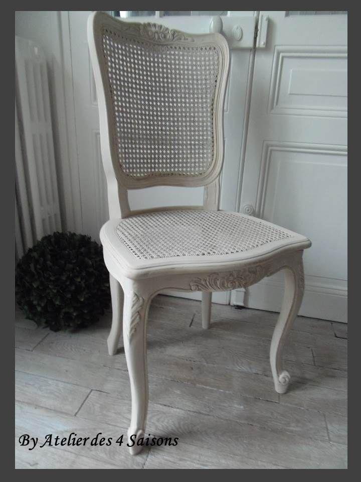 Le Charme De L Authenticite Par L Atelier Des 4 Saisons Chaise Cannee Meuble A Vendre Console Meuble