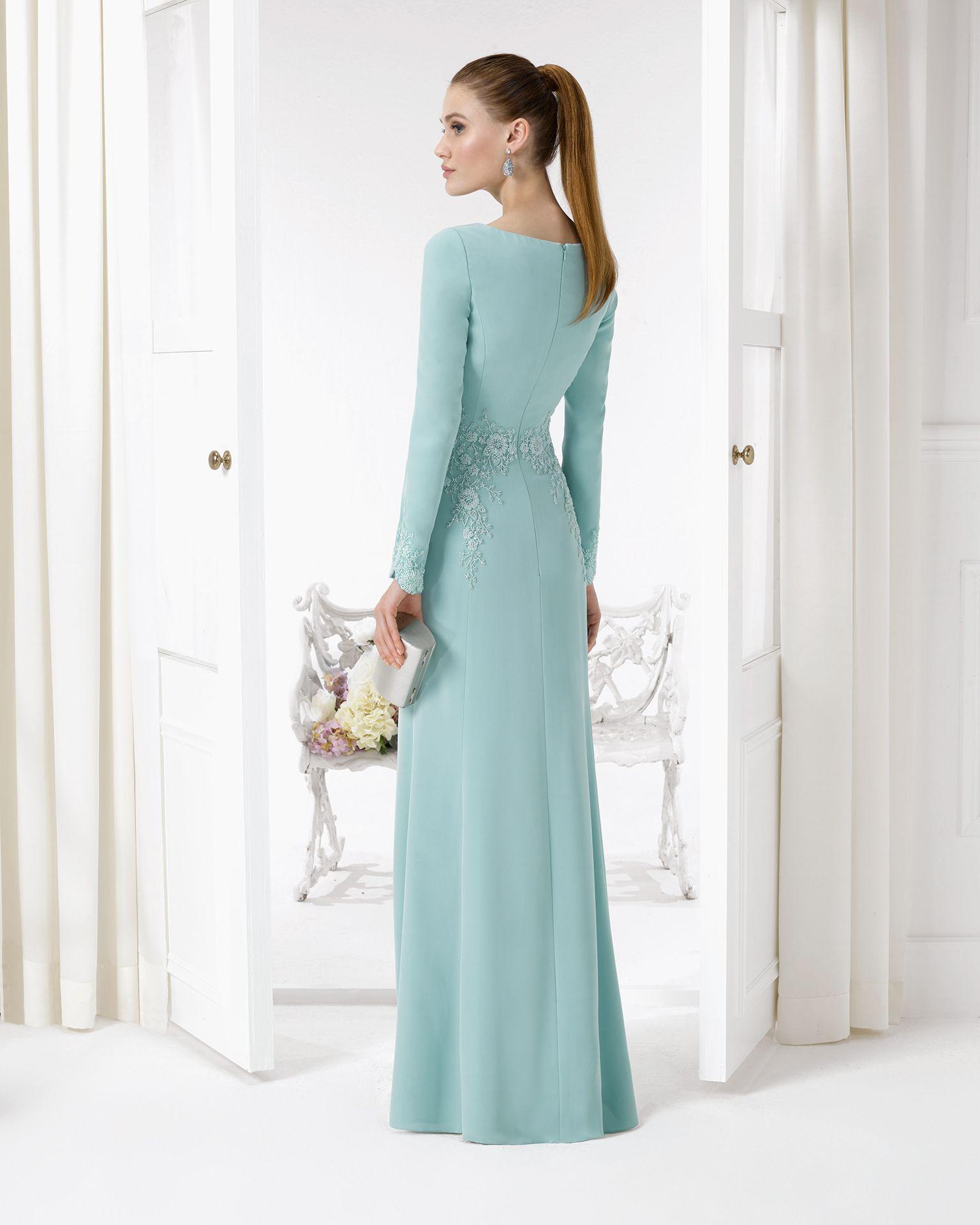 9U156 vestido de fiesta en crepe y pedreria. | mcpc | Pinterest ...