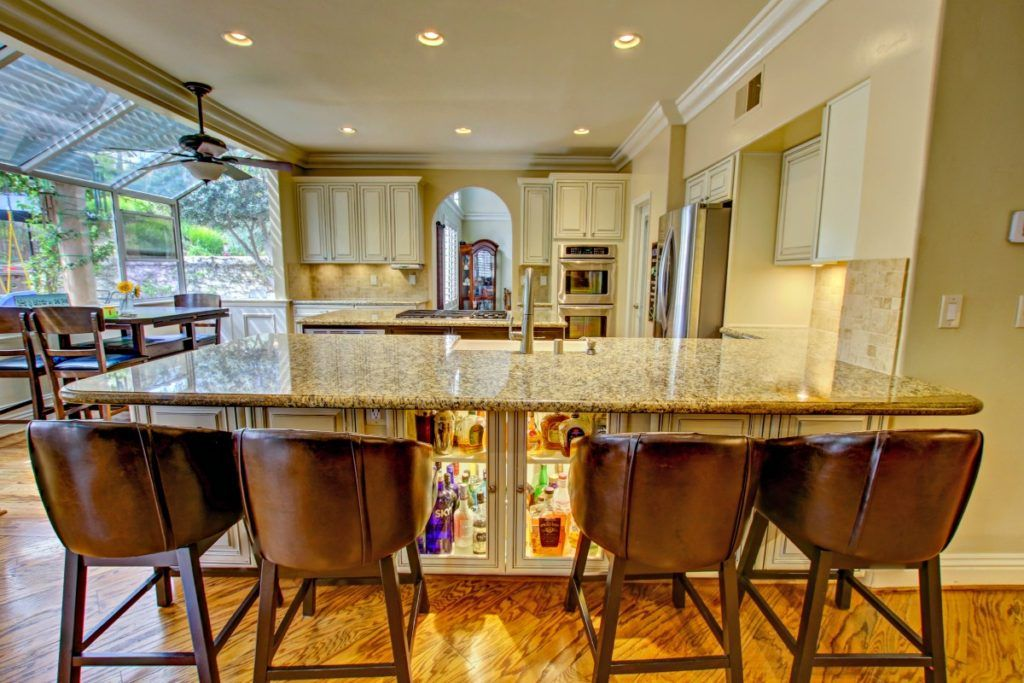 Liquor cabinet in the bar. Great idea! Kitchen Upgrade in ...