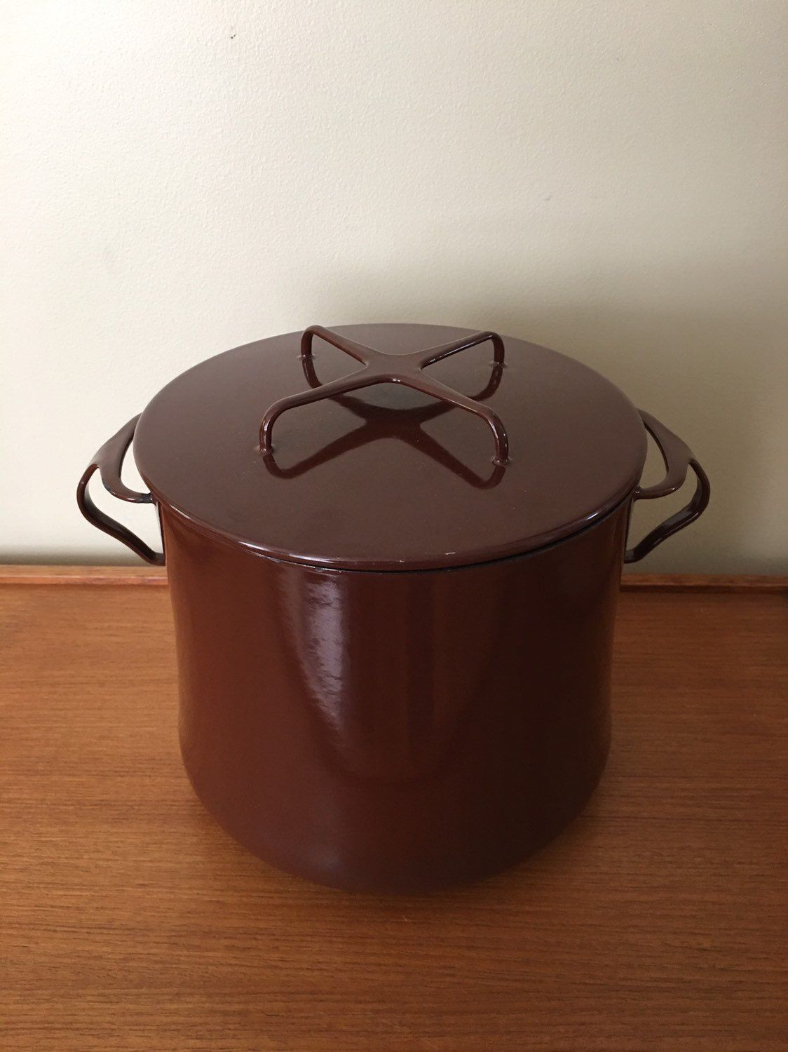Vintage Dansk Kobenstyle 6 Qt Stockpot Brown Enamel Dutch Oven Dansk Designs France Mid Century Modern Dutch Modern Cake Stand Modern Square Dining Table