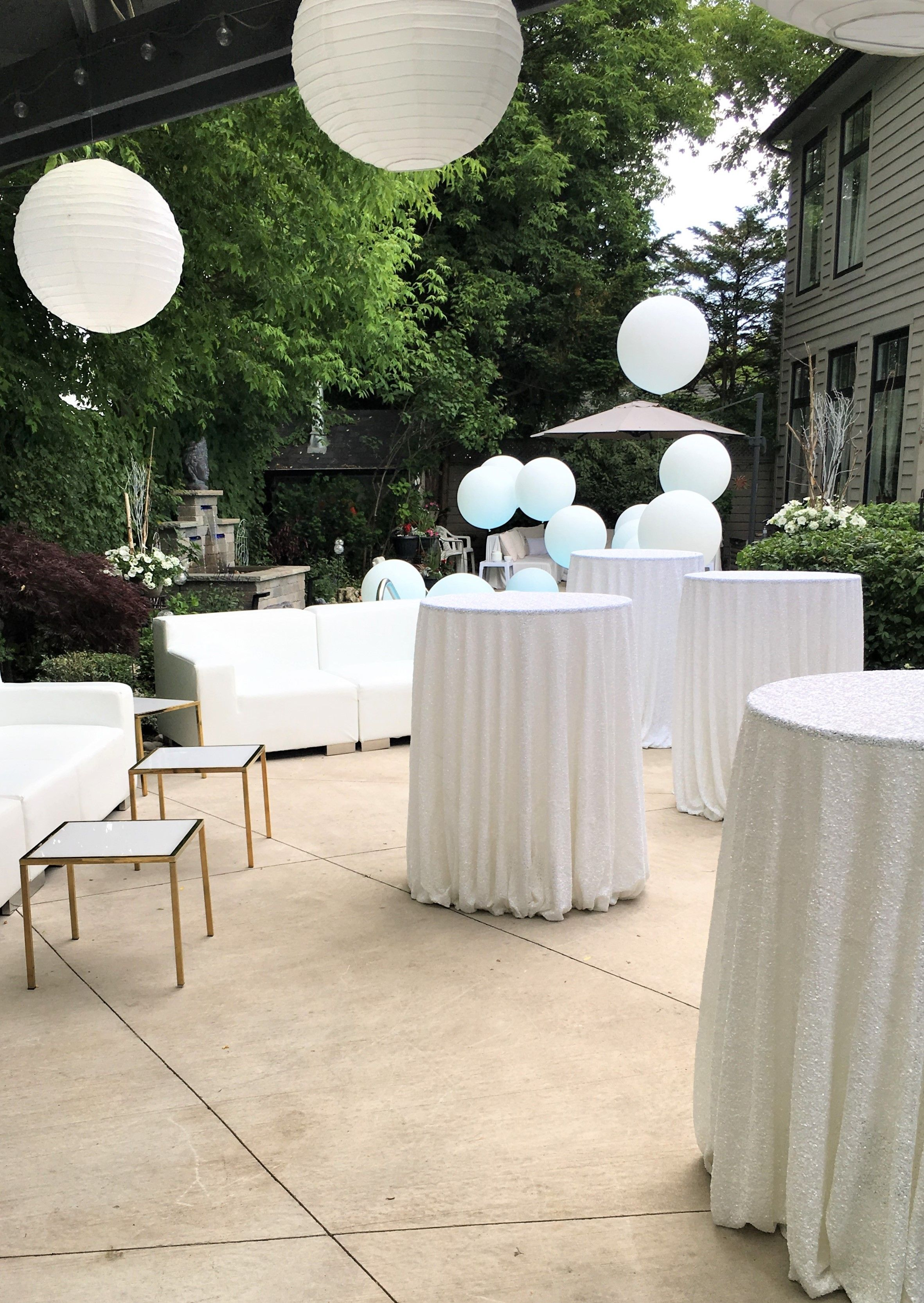 All White Backyard Birthday Party Toronto On Planning Design Blissful Memories Events Ball Backyard Birthday Backyard Birthday Parties White Balloons