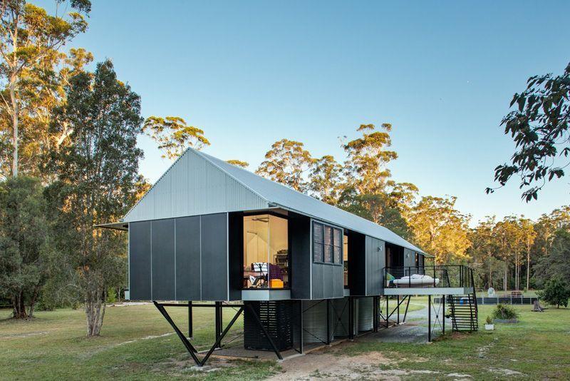 Maison sur pilotis dans une zone inondable en Australie House - plan maison structure metallique