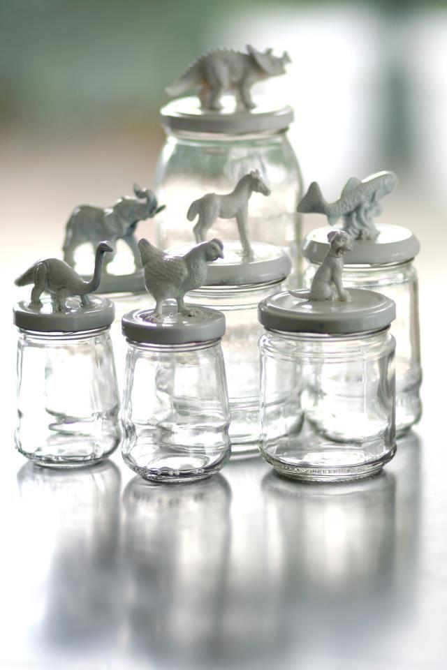 vous additionnez dans un fond de placard les bocaux en verre que vous avez utilisez sans pouvoir. Black Bedroom Furniture Sets. Home Design Ideas