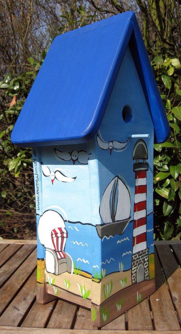 Wundervolle handbemalte Vogelvilla Jede Nistvilla ist ein Unikat in liebevoller Handarbeit gefertigt und handbemalt von der Künstlerin Maren Schmidt. Die Vogelnistvillen sind eine optische...