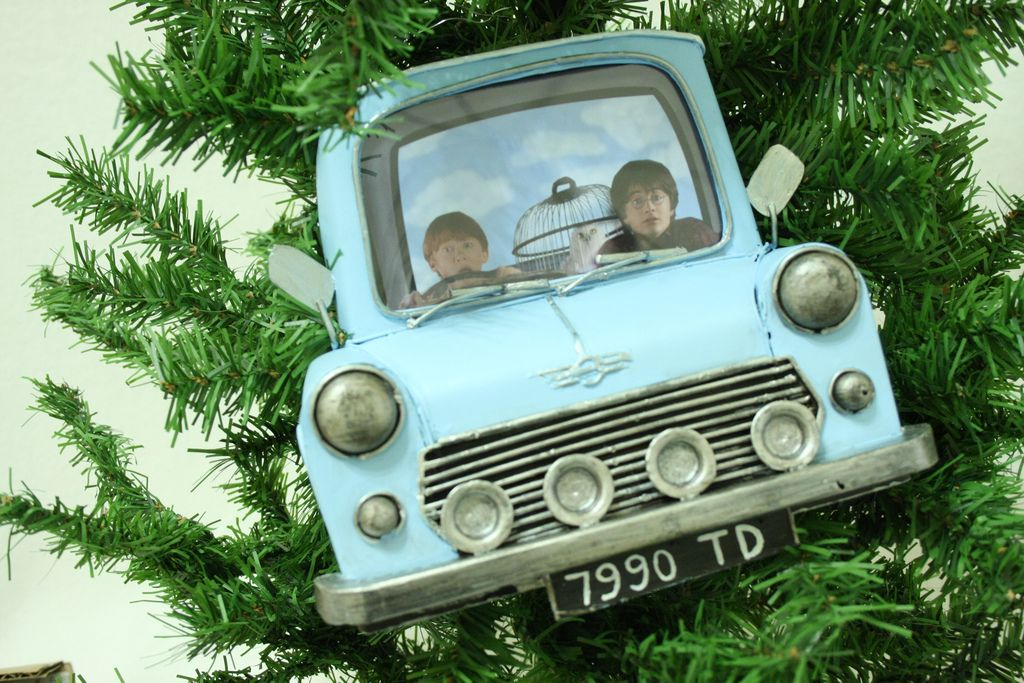 Flying Ford Anglia Picture Frame Harry Potter Car Harry Potter Christmas Harry Potter Halloween