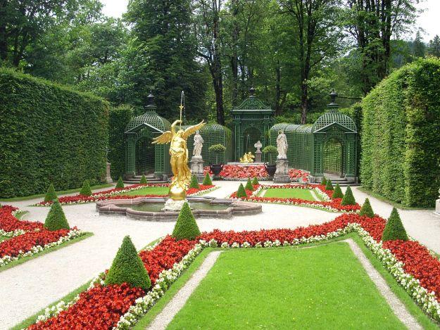 Schloss Linderhof Schloss Linderhof Hof Schloss
