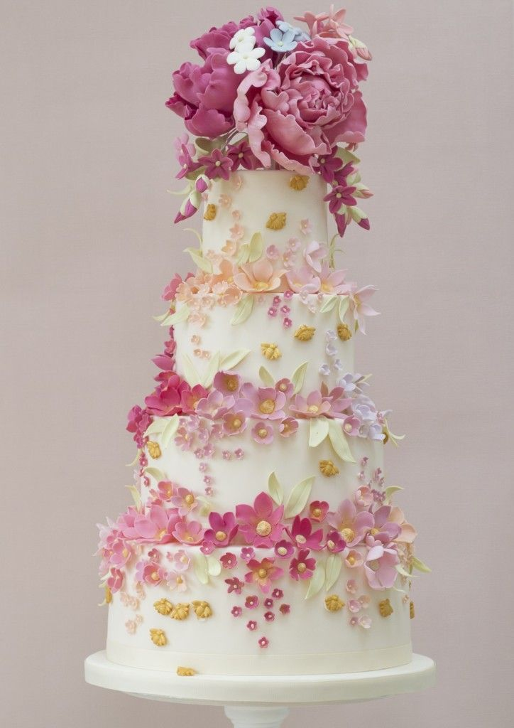 30 Enchanting Spring Wedding Cake Ideas Beautiful Cake Pictures Beautiful Cakes Creative Wedding Cakes