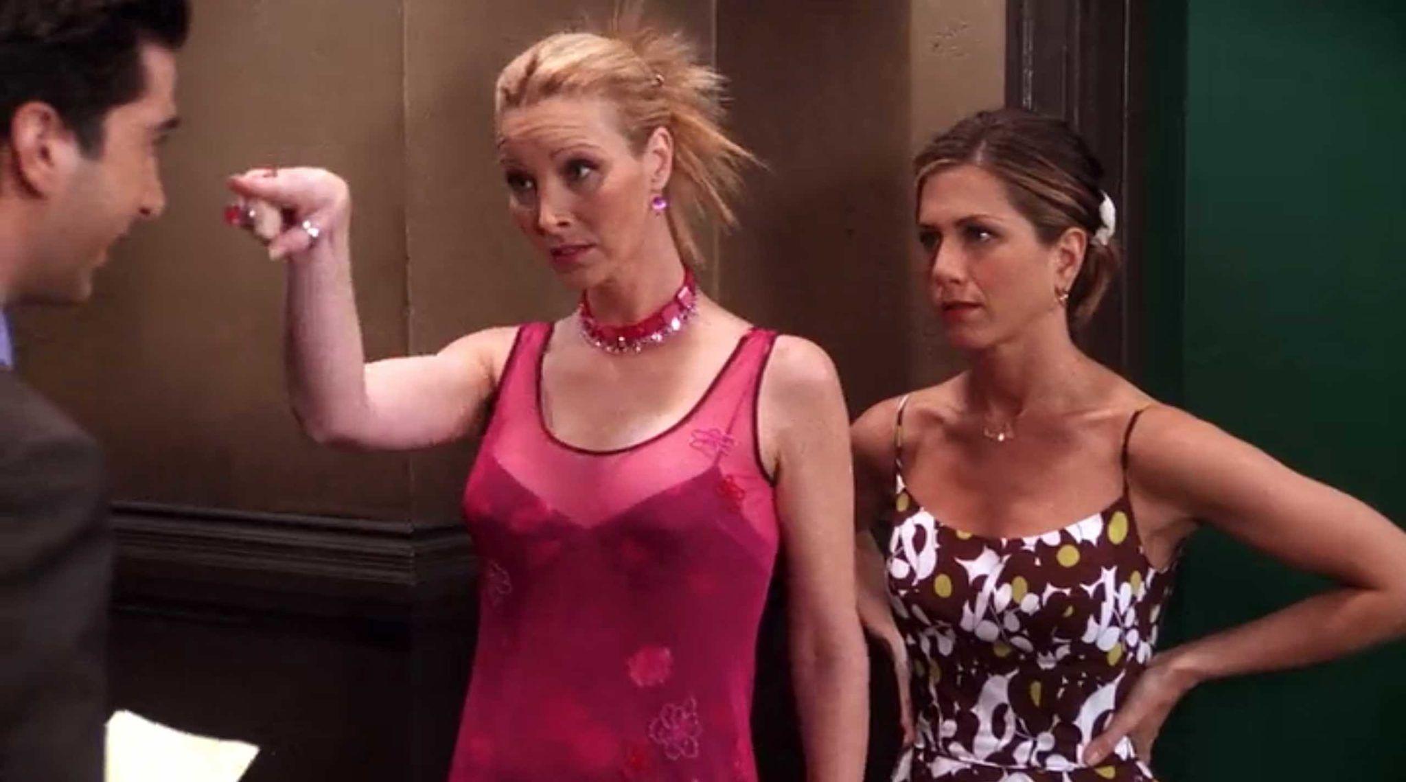 656 Outfits Phoebe Buffay Wore On Friends Fashion Paradoxes Friends Fashion Phoebe Buffay Fashion [ 1139 x 2048 Pixel ]