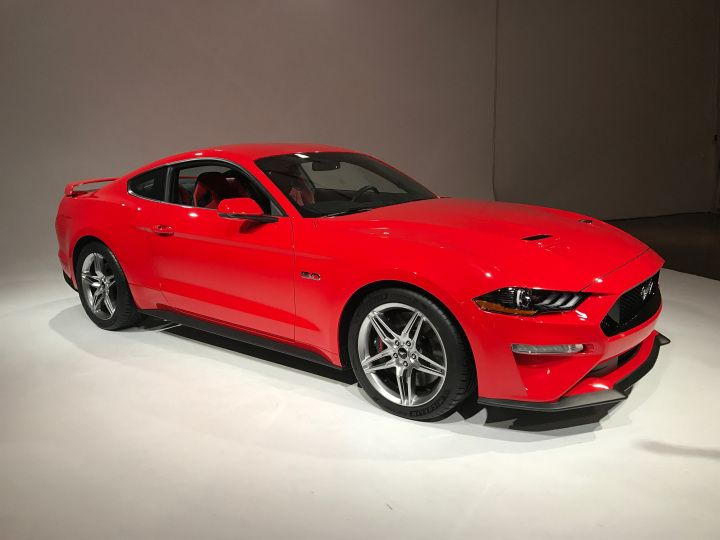 ford unveils the all new 2018 mustang world trendings mustang rh pinterest co uk