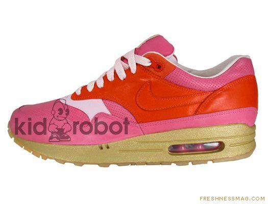 Kidrobot x Nike Air Max 1 - SneakerNews