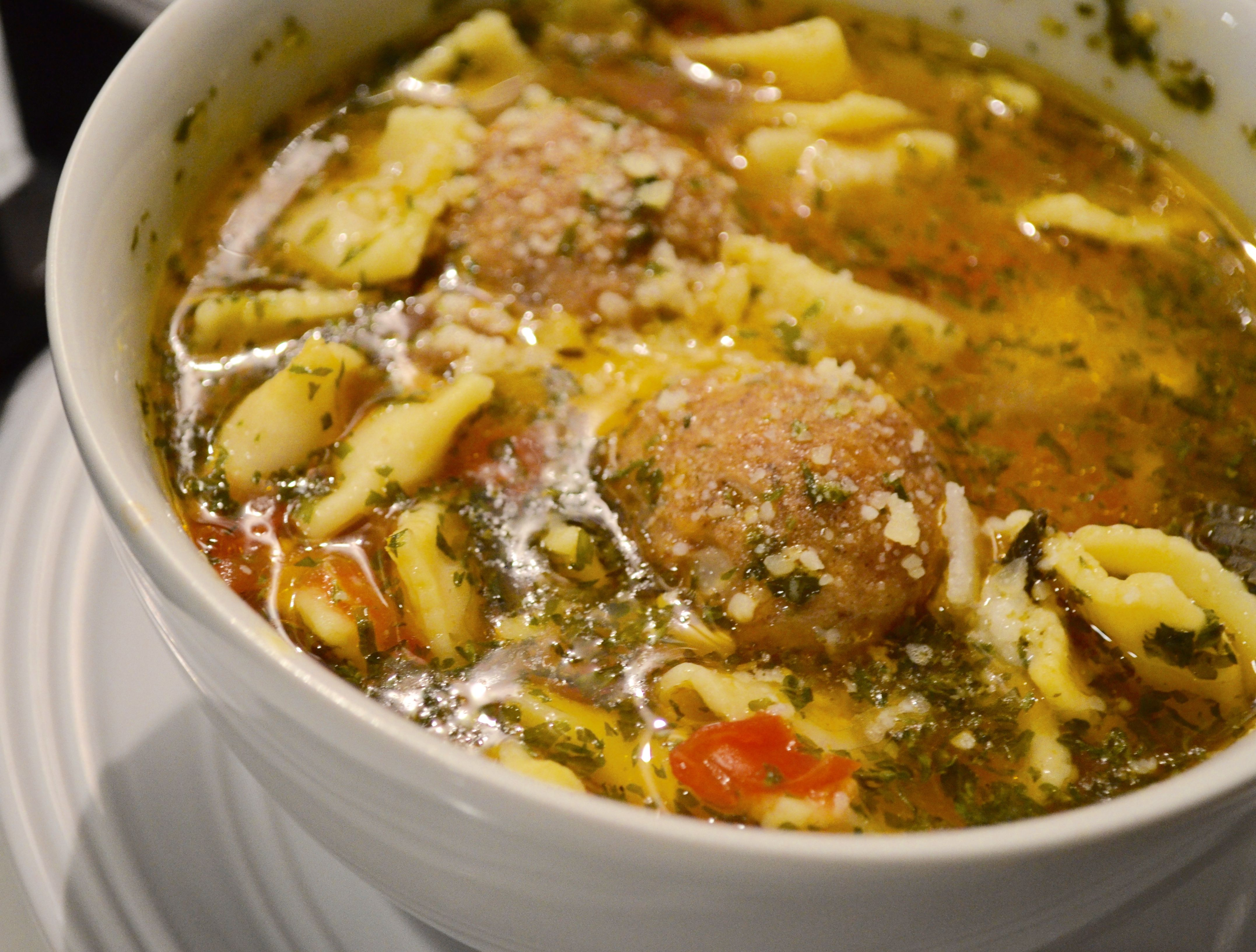 Meatball ravioli soup recipe halal recipes food industry and cuisine forumfinder Gallery