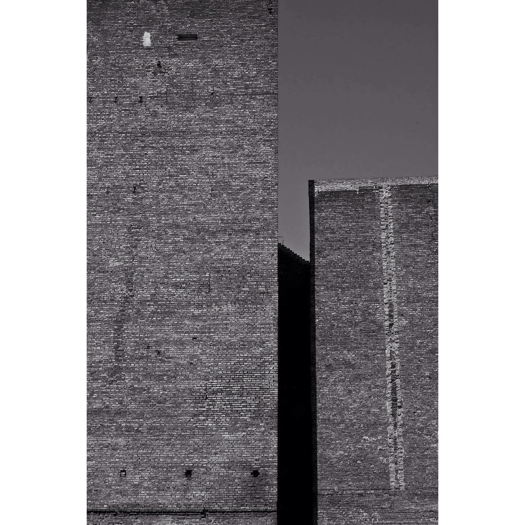 Minimal architectural black and white photography bluefoxy