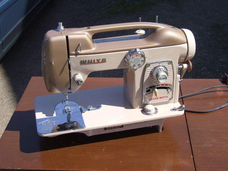 Pin Lisääjältä PLUSH PINK Taulussa Sew Pinterest Unique White Sewing Machine For Sale