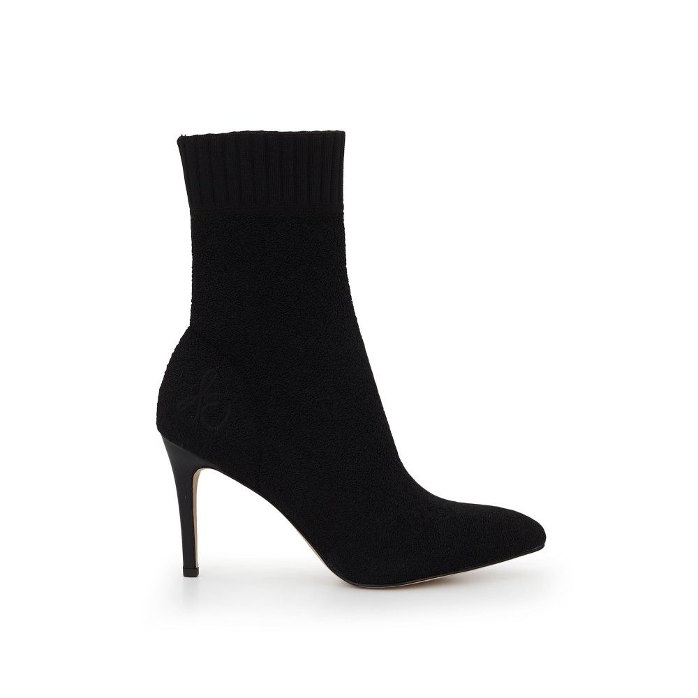 e0398dc4e84e08 The ultimate sock bootie. The Oksana Pointed Toe Sock Bootie is perfectly  knitted. We love this fancy silhouette in a more casual material - perfect  for ...