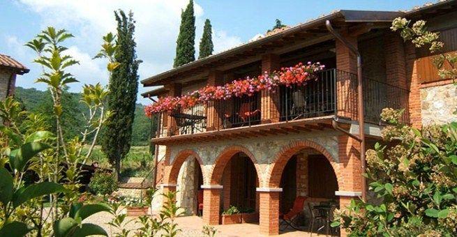 Casa rural con piscina en La Toscana Casas rurales