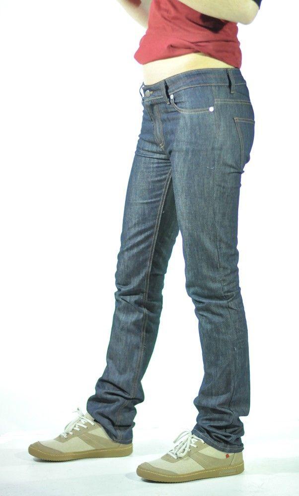 201 Femme Droit Brut par 1083 (couleur bleu) dans jeans - Jeans et Sneakers fabriqués en France - http://www.1083.fr/201-femme-droit-brut-1083-couleur-bleu.html